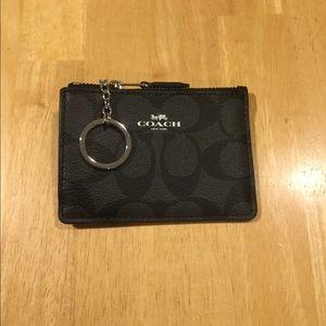 NWOT Coach Mini Skinny ID Badge Key Ring Case